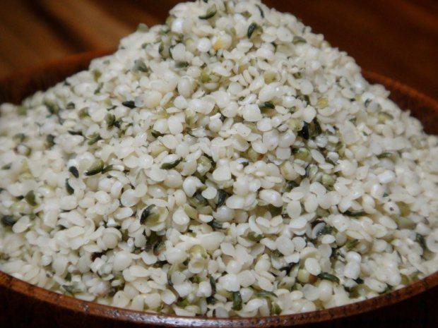 semințe de cânepă decorticate