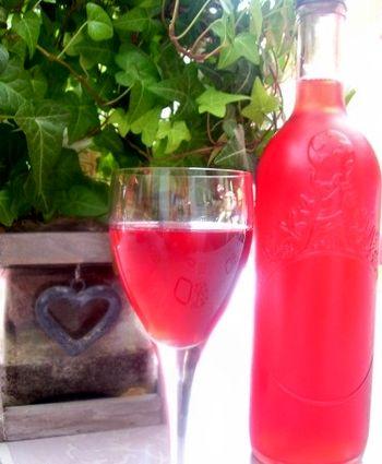 vin de coacăz roșu